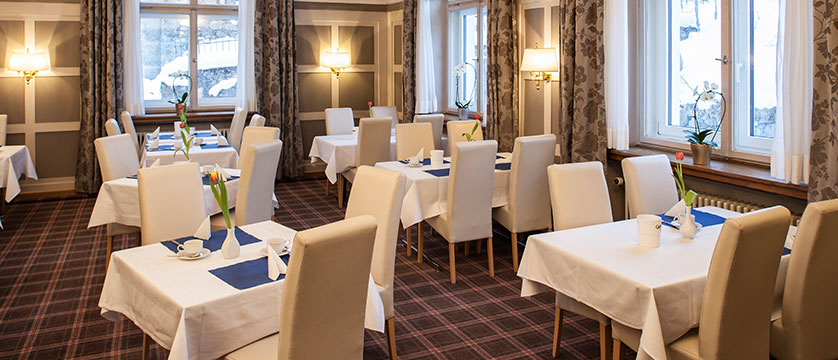 Switzerland_Davos_Hotel_National_breakfast_room2.jpg